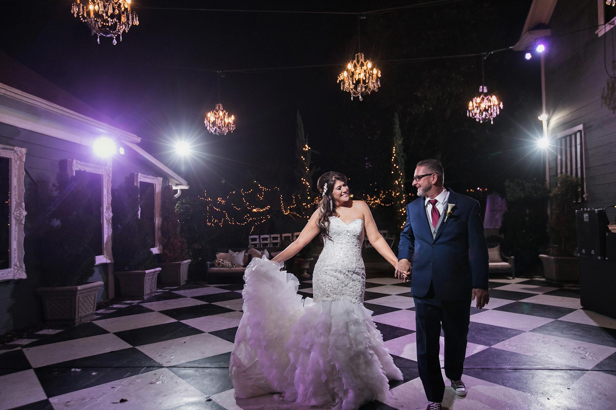 christmas-house-weddings-receptions-carrie-vines-172.jpg