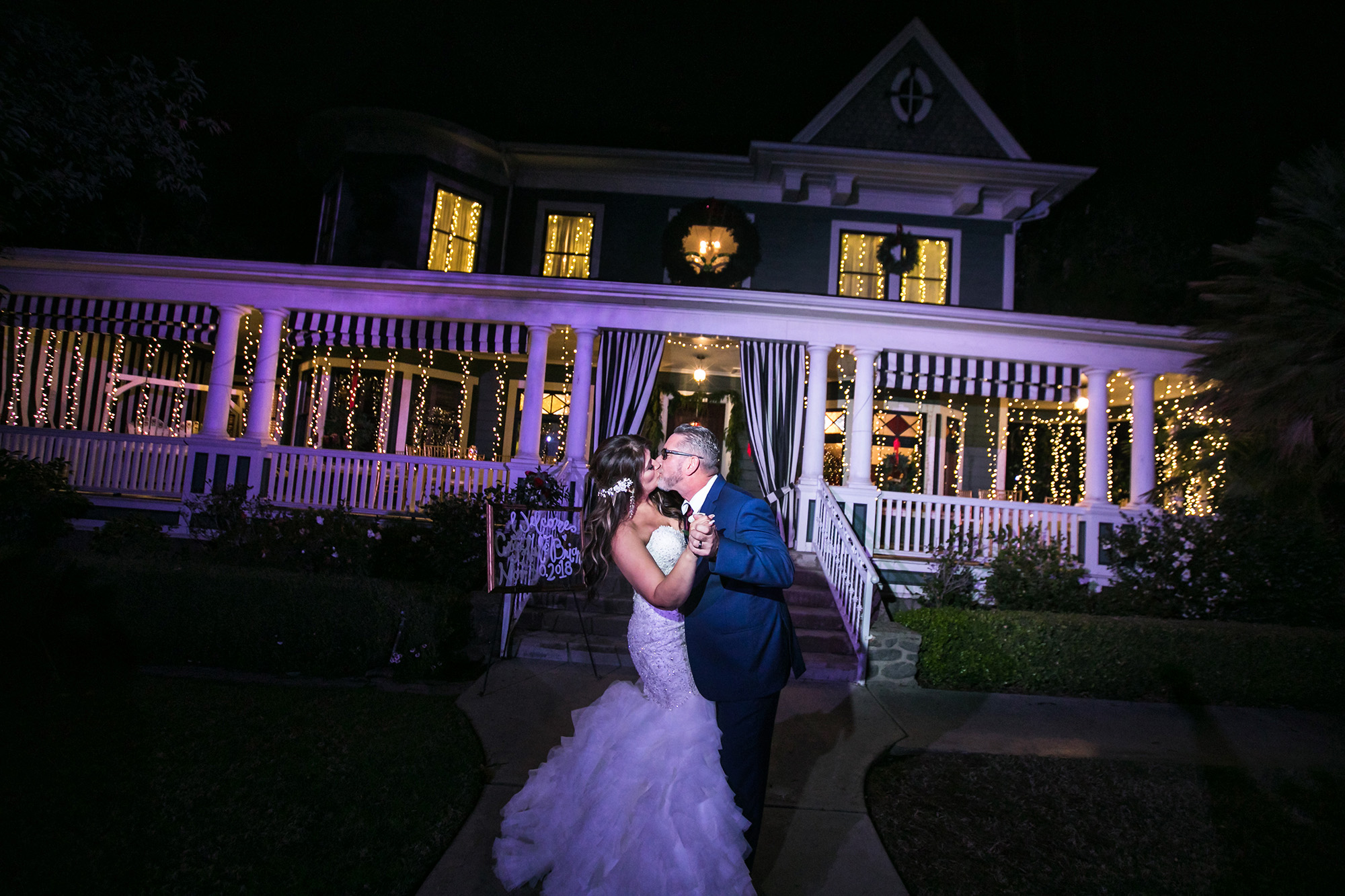 christmas-house-weddings-receptions-carrie-vines-173.jpg