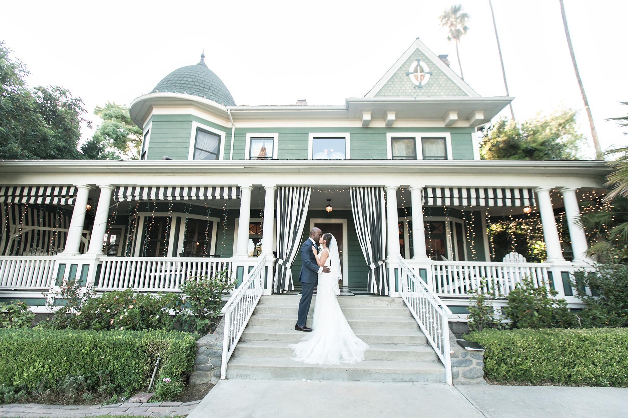 christmas-house-weddings-receptions-carrie-vines-175.jpg