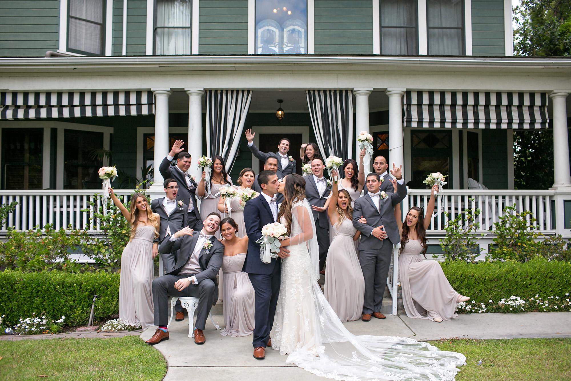 christmas-house-weddings-receptions-carrie-vines-280.jpg