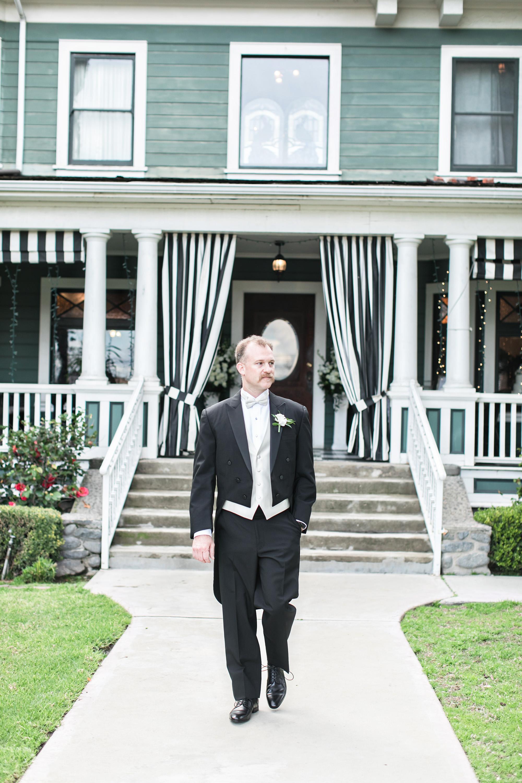 vintage-inspired-christmas-house-wedding-carrie-vines-063.jpg