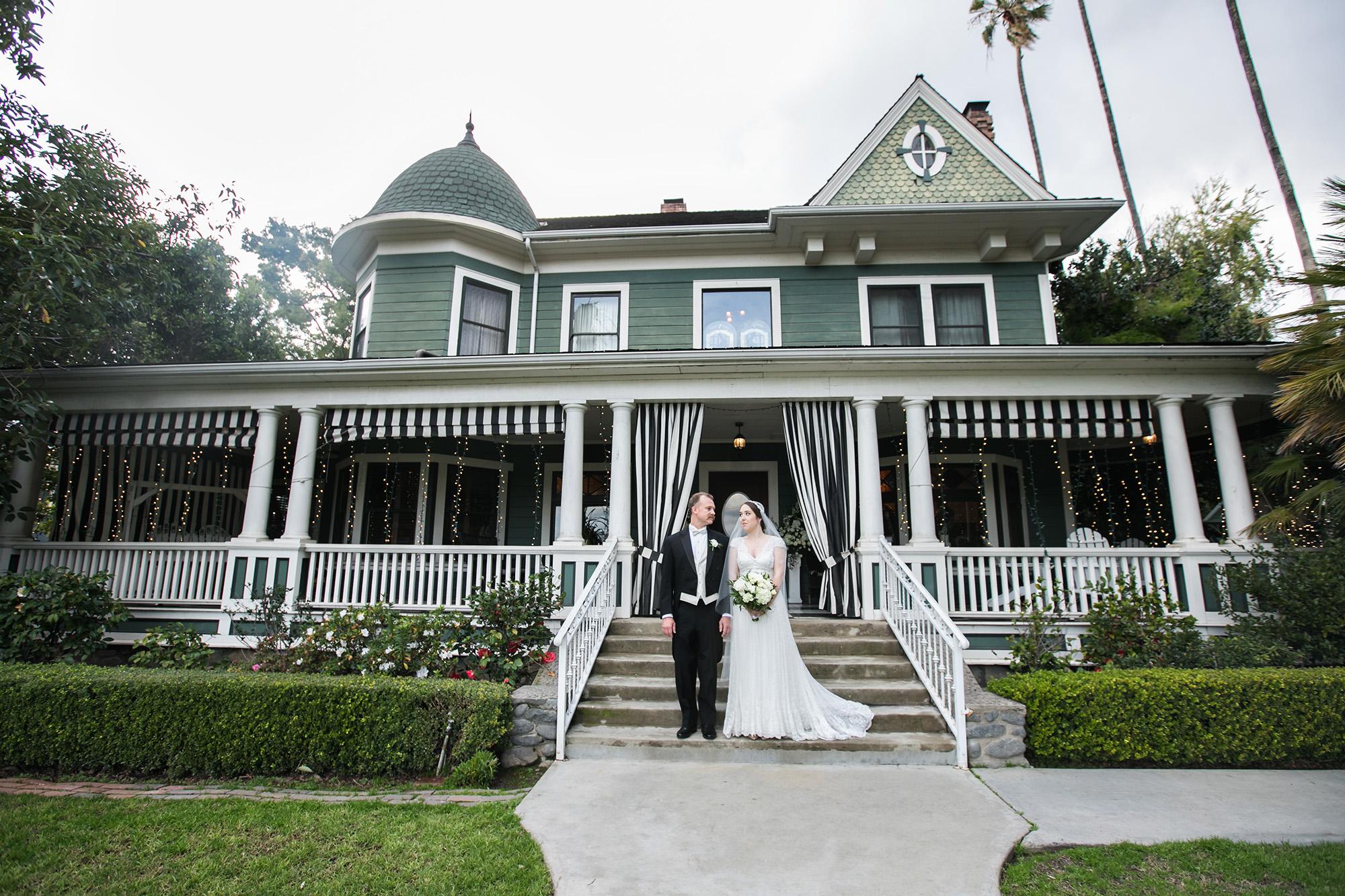vintage-inspired-christmas-house-wedding-carrie-vines-064.jpg
