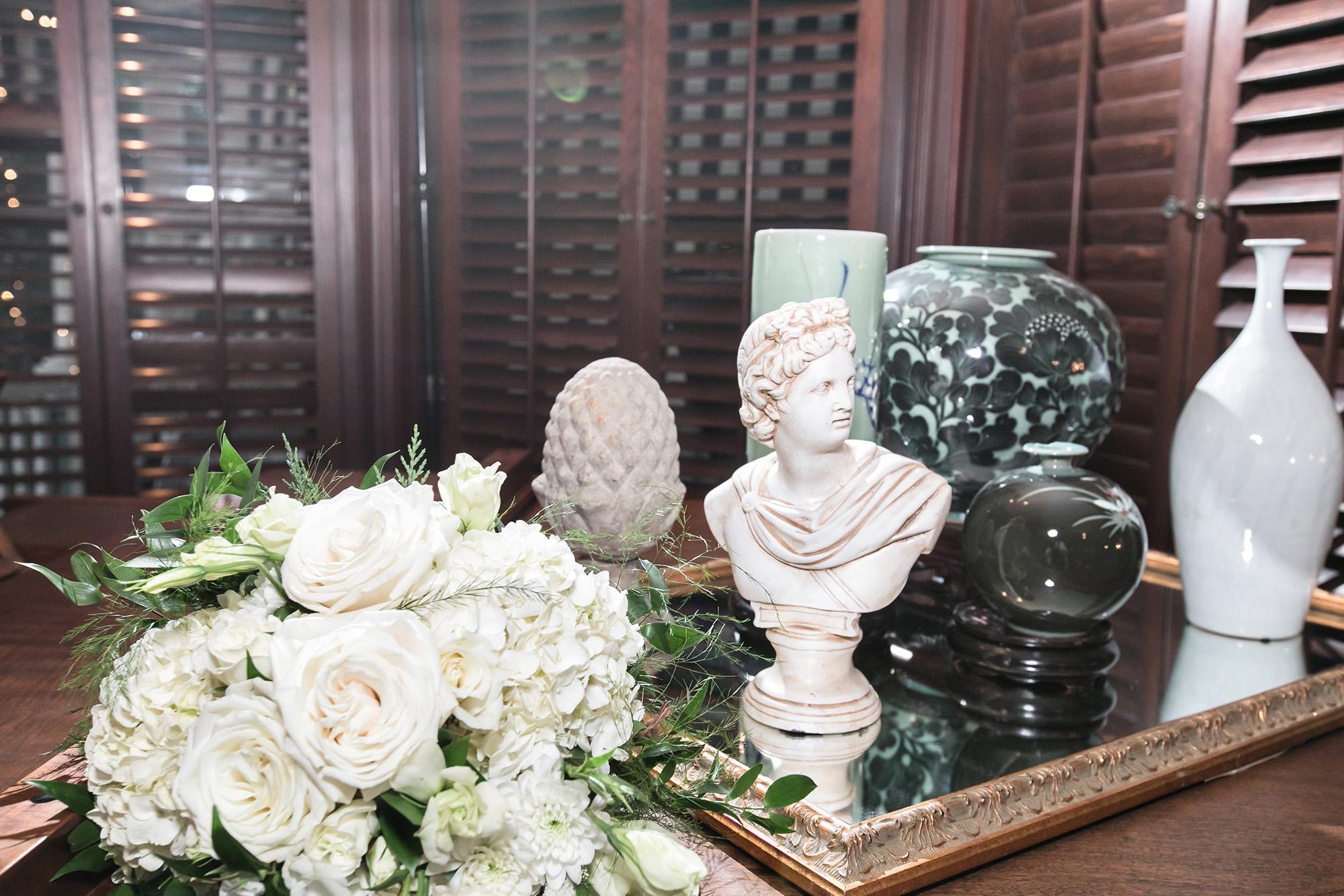 vintage-inspired-christmas-house-wedding-carrie-vines-081.jpg