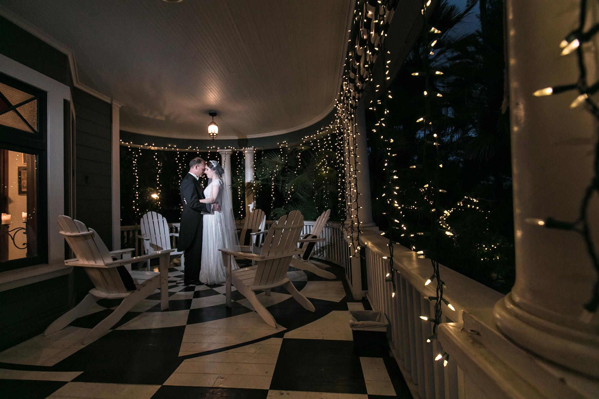 vintage-inspired-christmas-house-wedding-carrie-vines-120.jpg