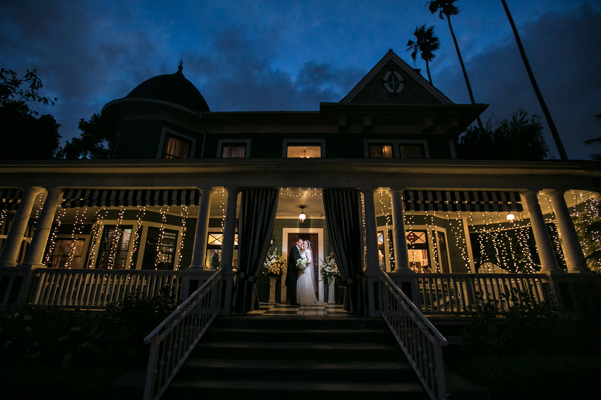 vintage-inspired-christmas-house-wedding-carrie-vines-121.jpg