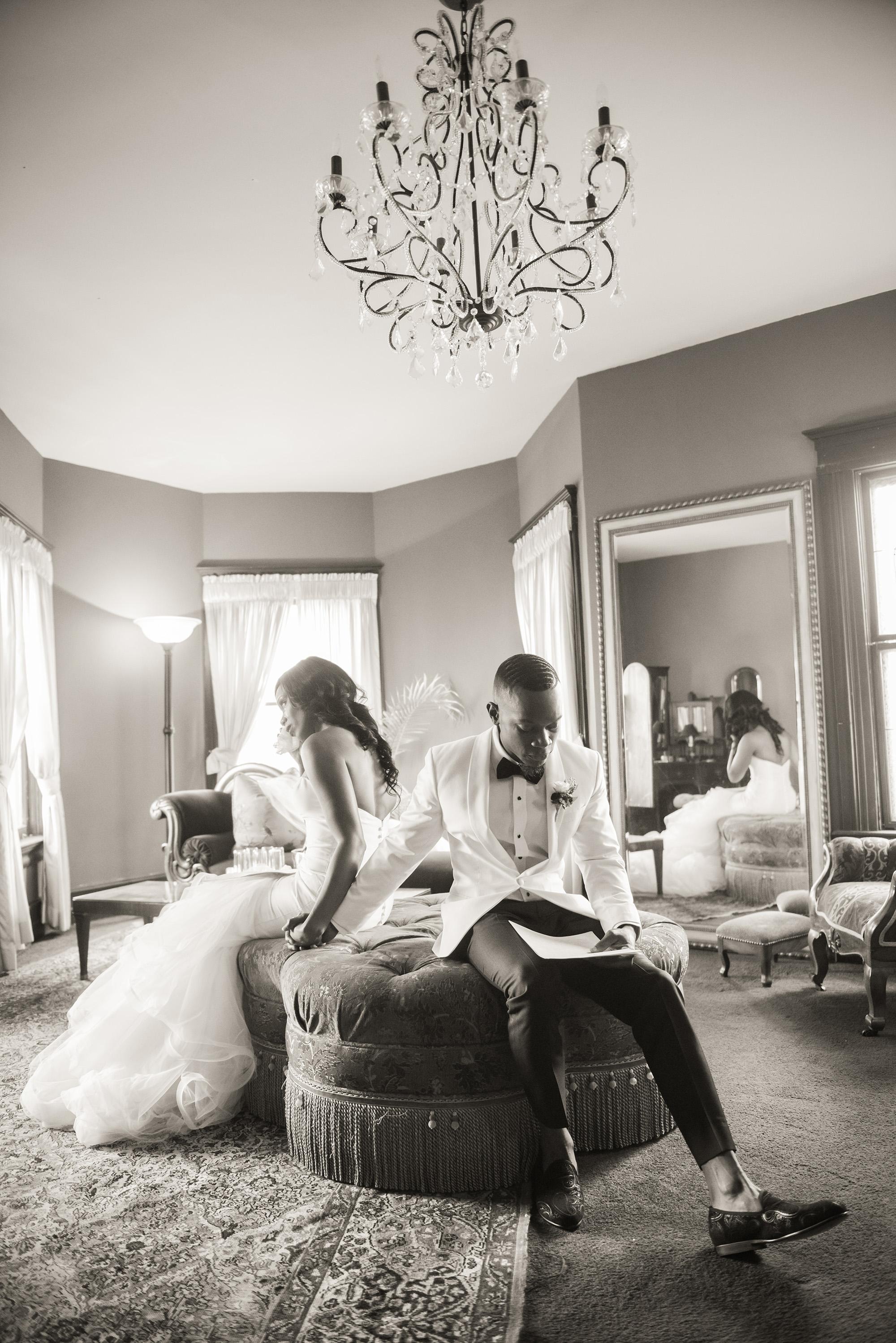associate-photographer-christmas-house-wedding-carrie-vines-0027.jpg