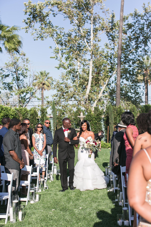 associate-photographer-christmas-house-wedding-carrie-vines-0029.jpg