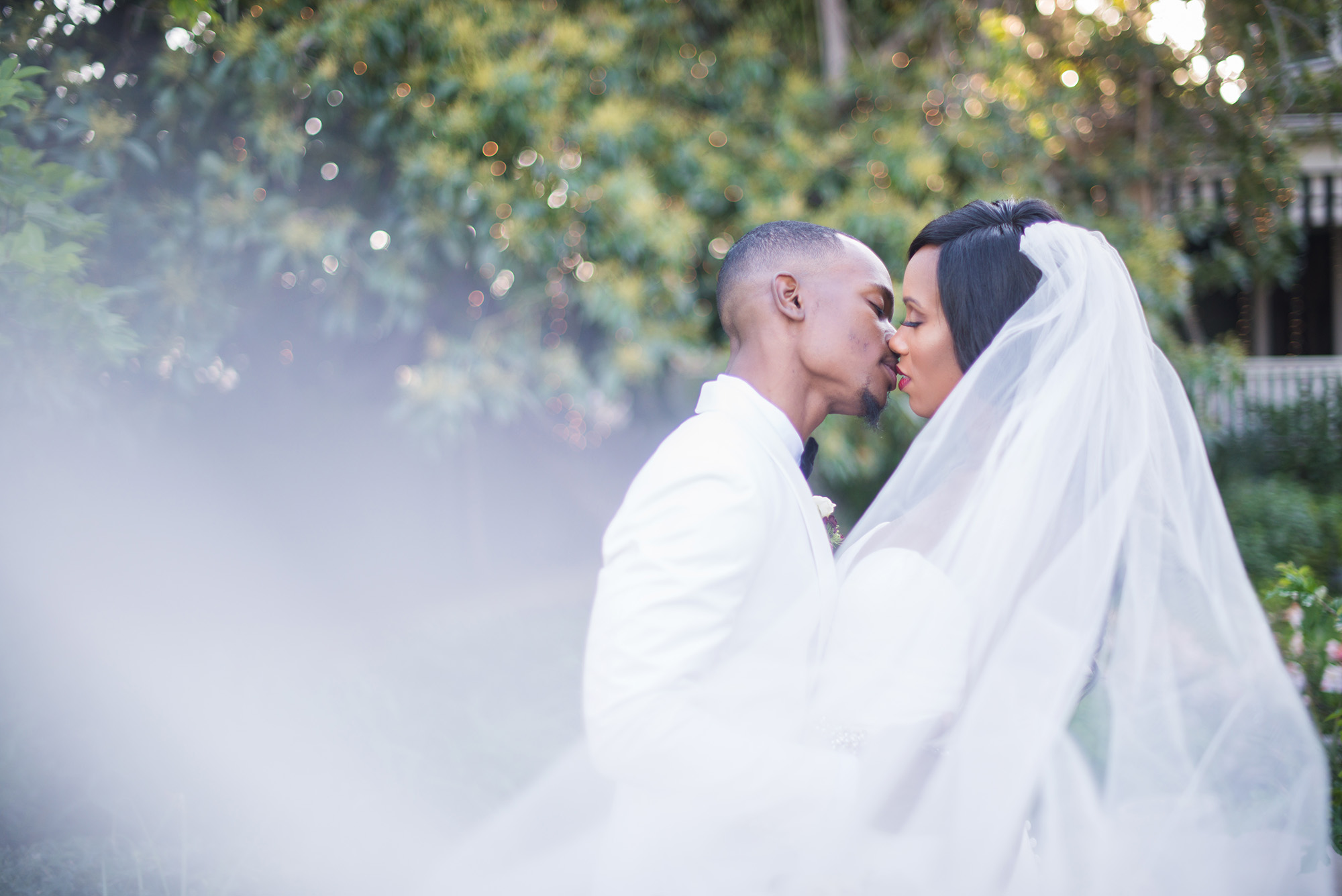 associate-photographer-christmas-house-wedding-carrie-vines-0040.jpg