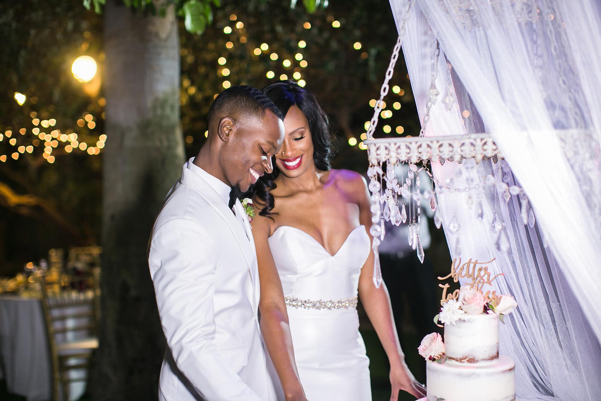associate-photographer-christmas-house-wedding-carrie-vines-0041.jpg