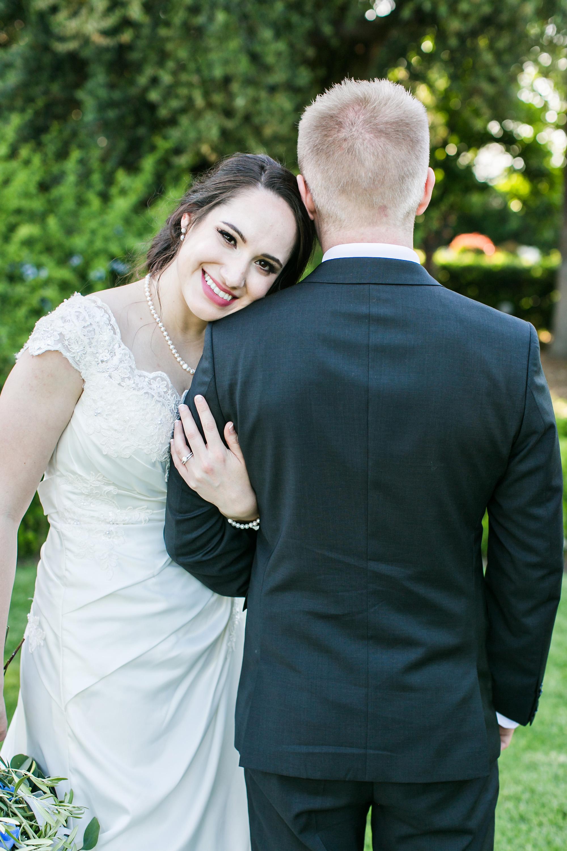 associate-photographer-christmas-house-wedding-carrie-vines-0042.jpg