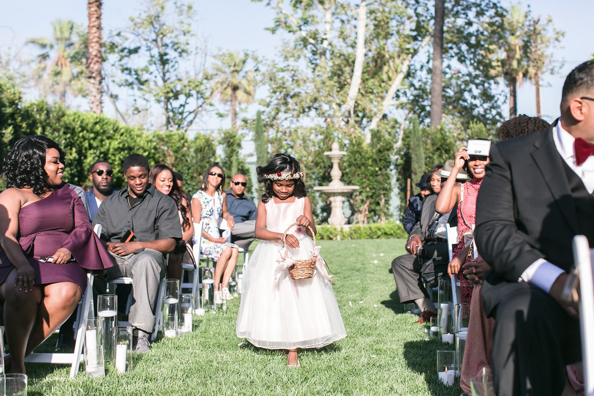 associate-photographer-christmas-house-wedding-carrie-vines-0049.jpg