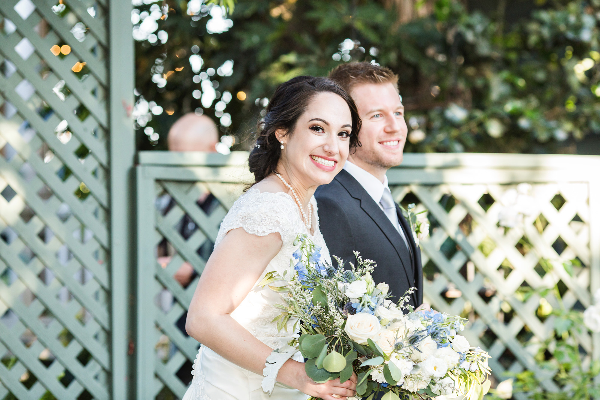 associate-photographer-christmas-house-wedding-carrie-vines-0050.jpg