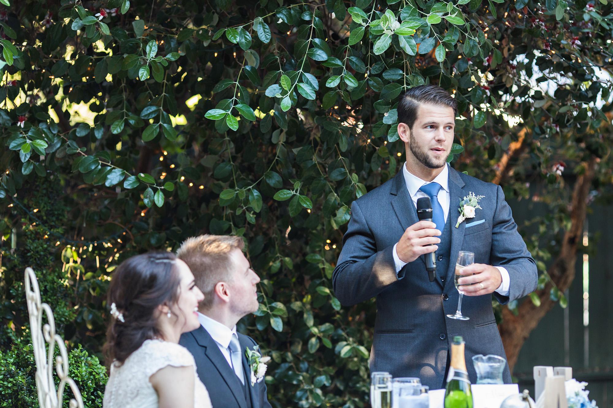 associate-photographer-christmas-house-wedding-carrie-vines-0057.jpg