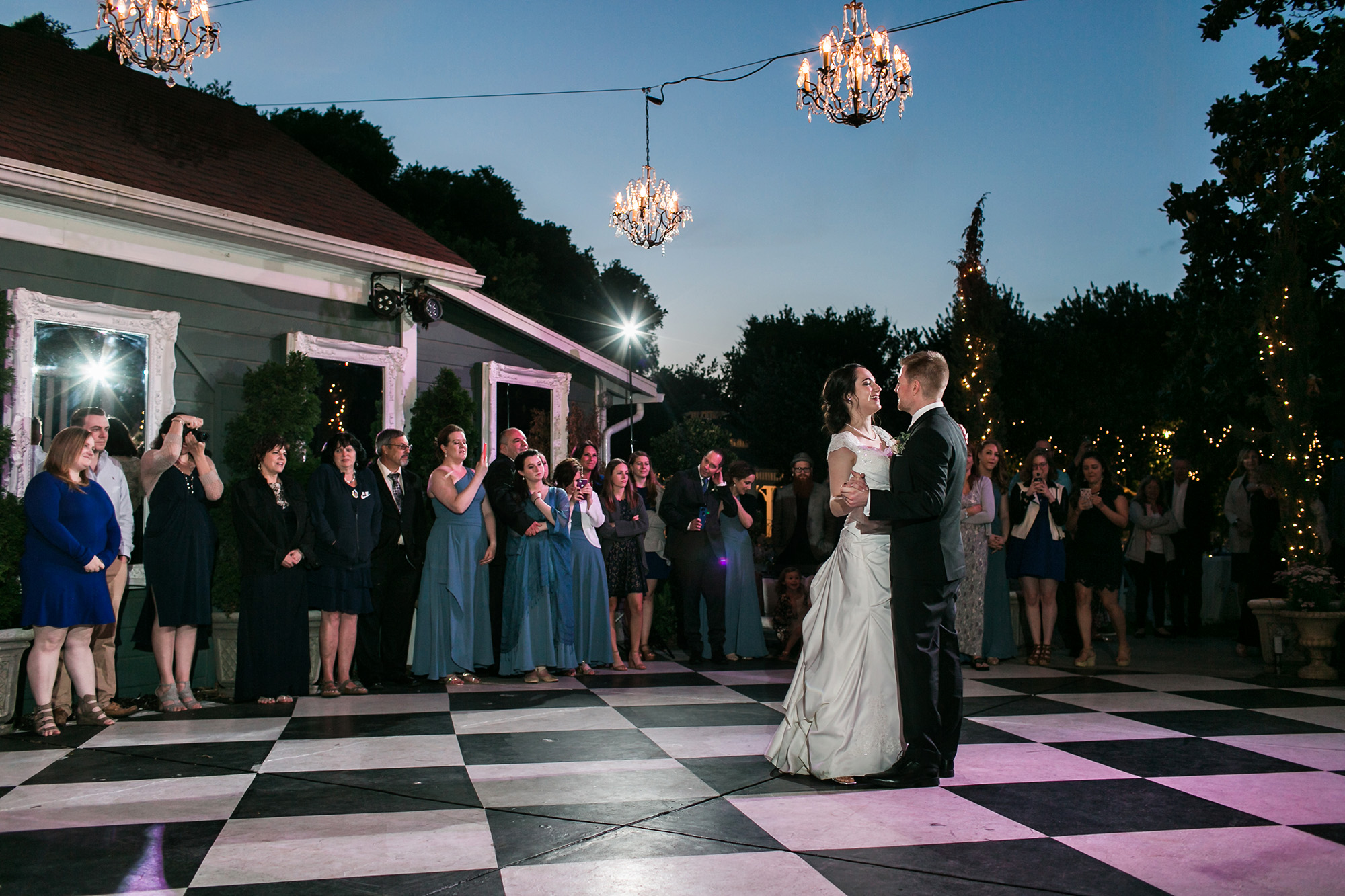 associate-photographer-christmas-house-wedding-carrie-vines-0065.jpg