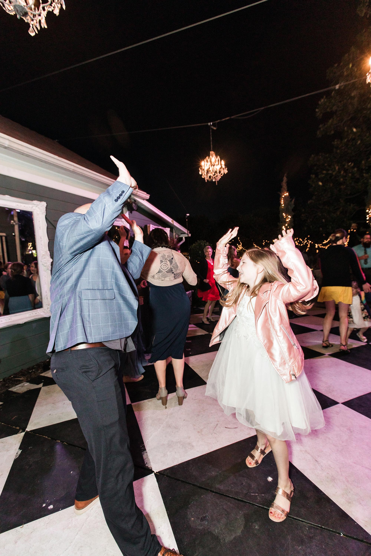 associate-photographer-christmas-house-wedding-carrie-vines-0073.jpg