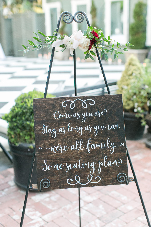 associate-photographer-christmas-house-wedding-carrie-vines-0076.jpg