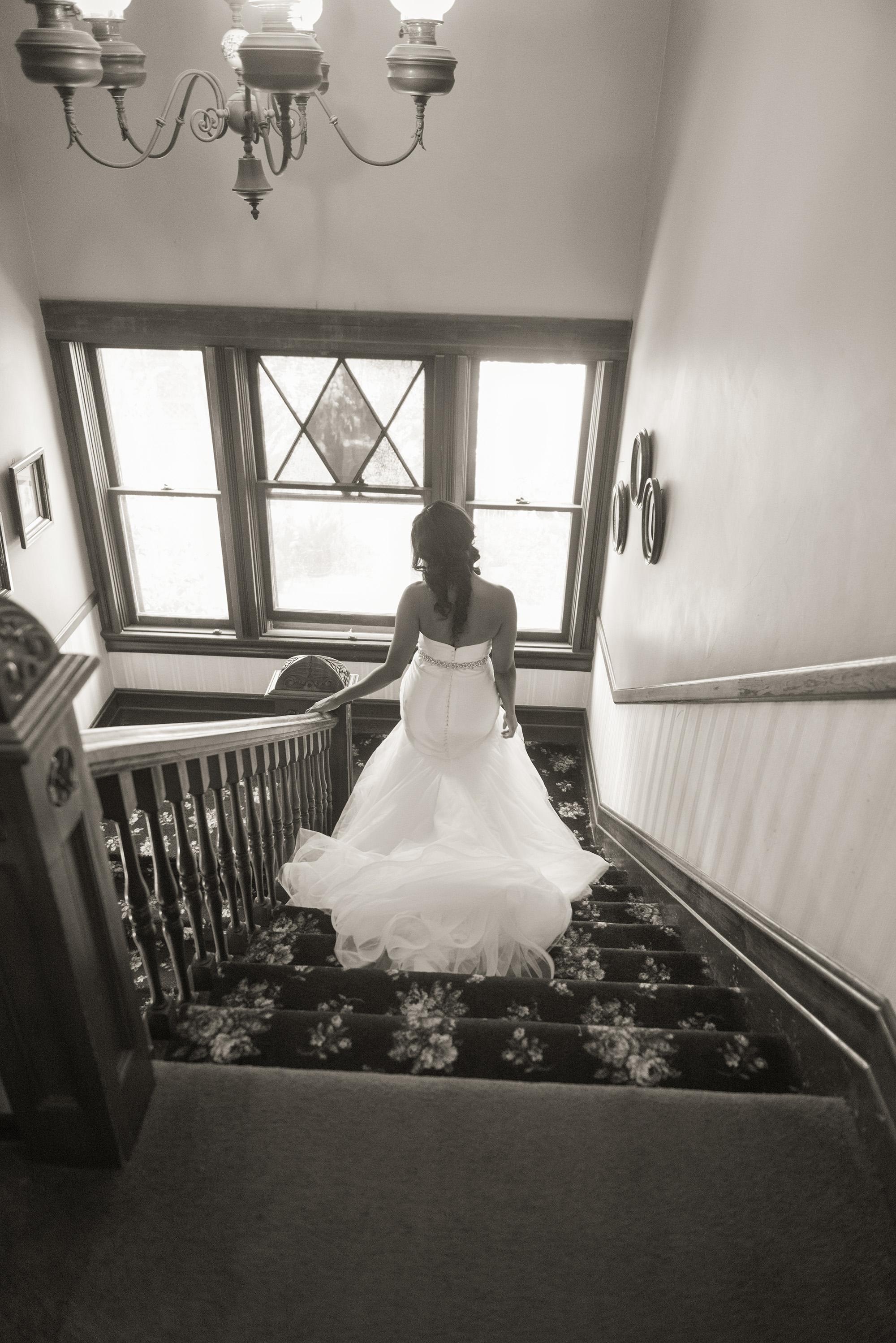 associate-photographer-christmas-house-wedding-carrie-vines-0086.jpg