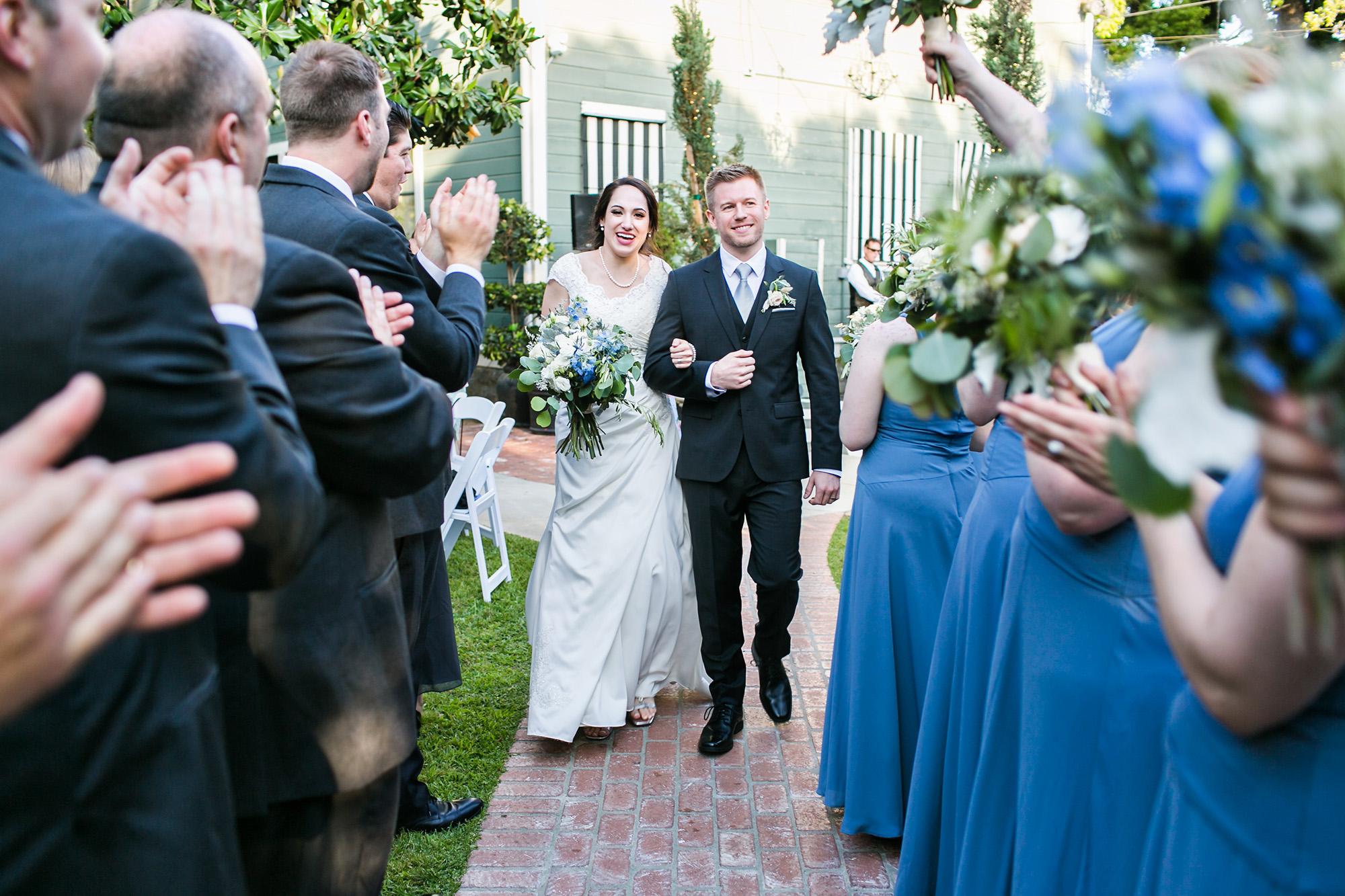 associate-photographer-christmas-house-wedding-carrie-vines-0090.jpg