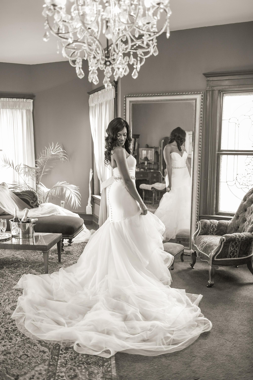 associate-photographer-christmas-house-wedding-carrie-vines-0097.jpg