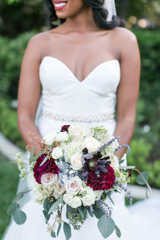 associate-photographer-christmas-house-wedding-carrie-vines-0100.jpg
