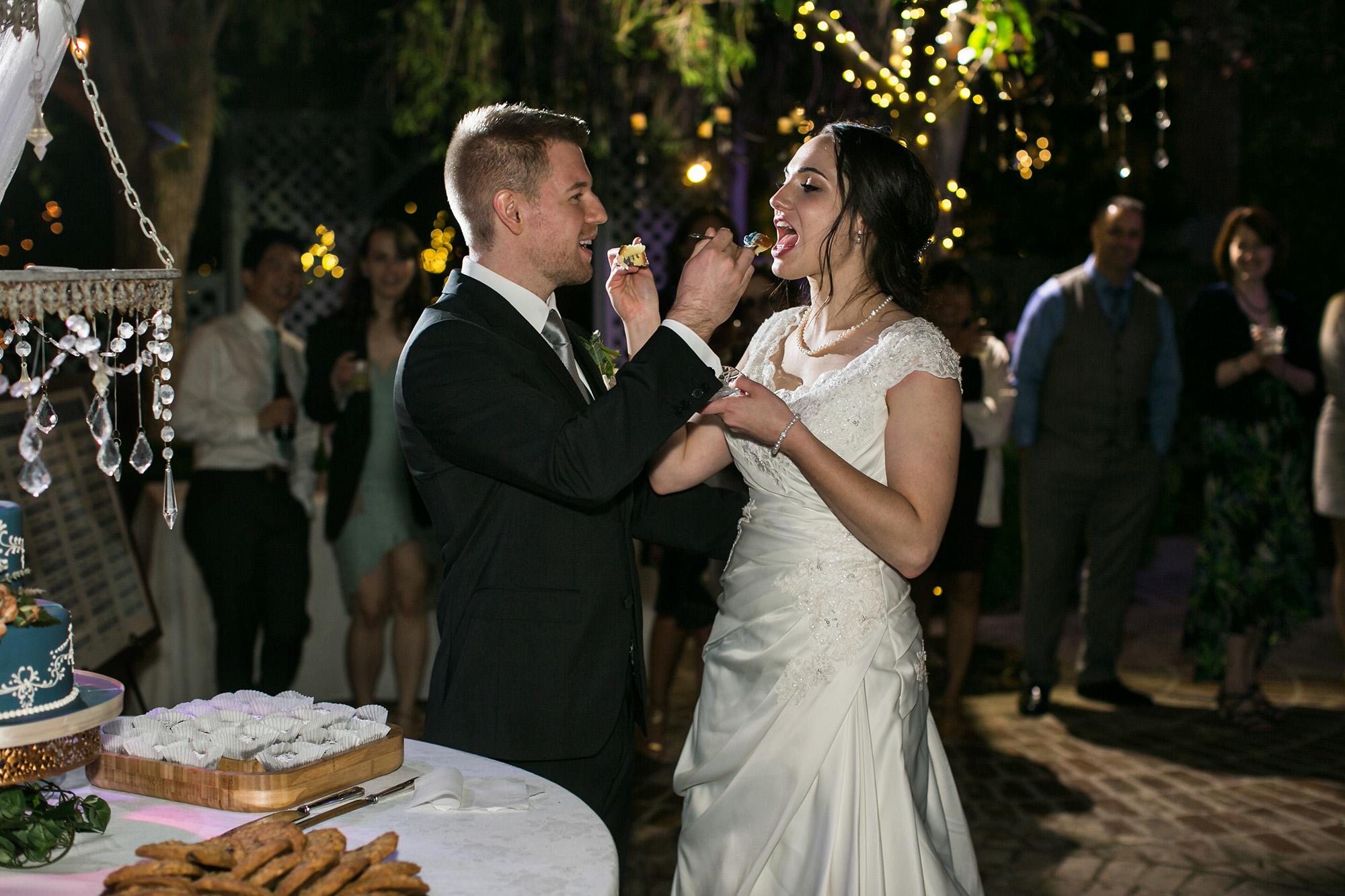 associate-photographer-christmas-house-wedding-carrie-vines-0117.jpg