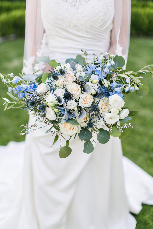 associate-photographer-christmas-house-wedding-carrie-vines-0119.jpg