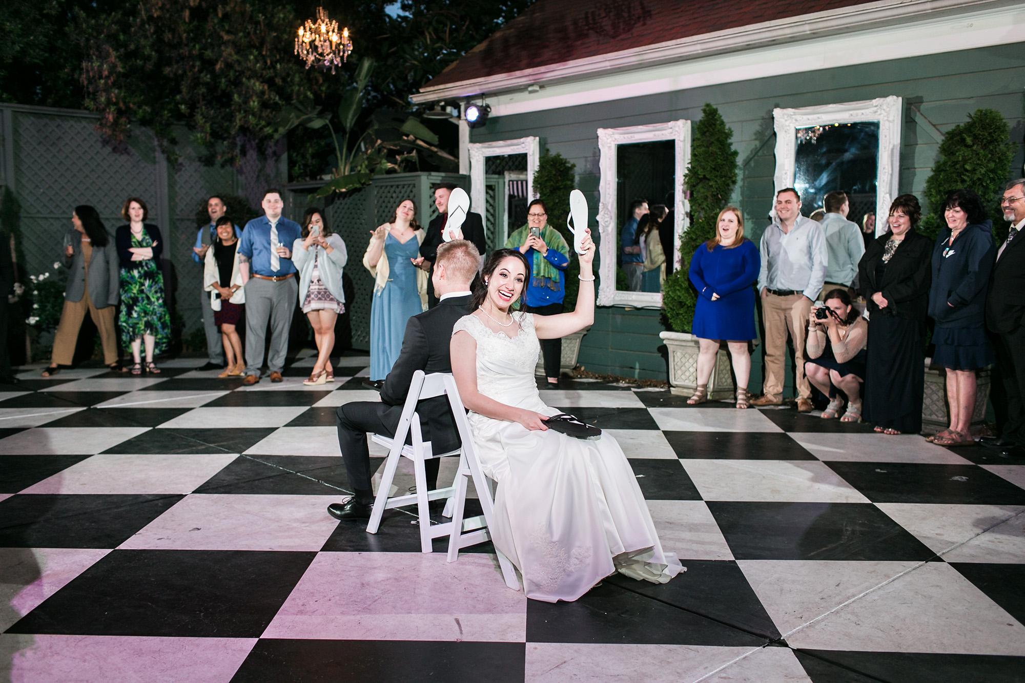 associate-photographer-christmas-house-wedding-carrie-vines-0122.jpg