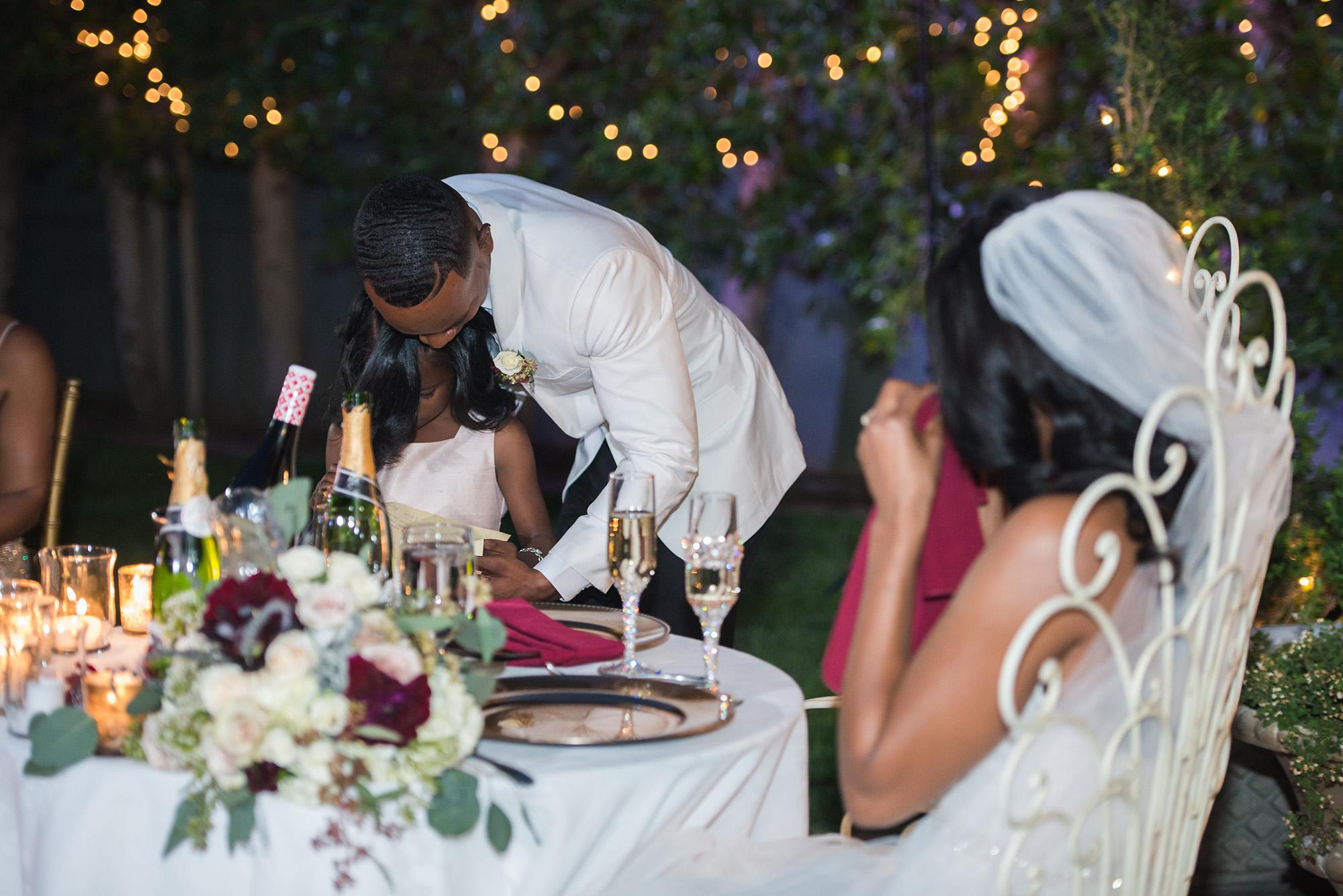 associate-photographer-christmas-house-wedding-carrie-vines-0126.jpg
