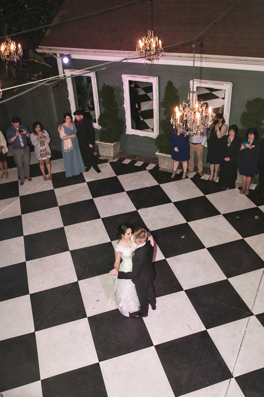associate-photographer-christmas-house-wedding-carrie-vines-0131.jpg