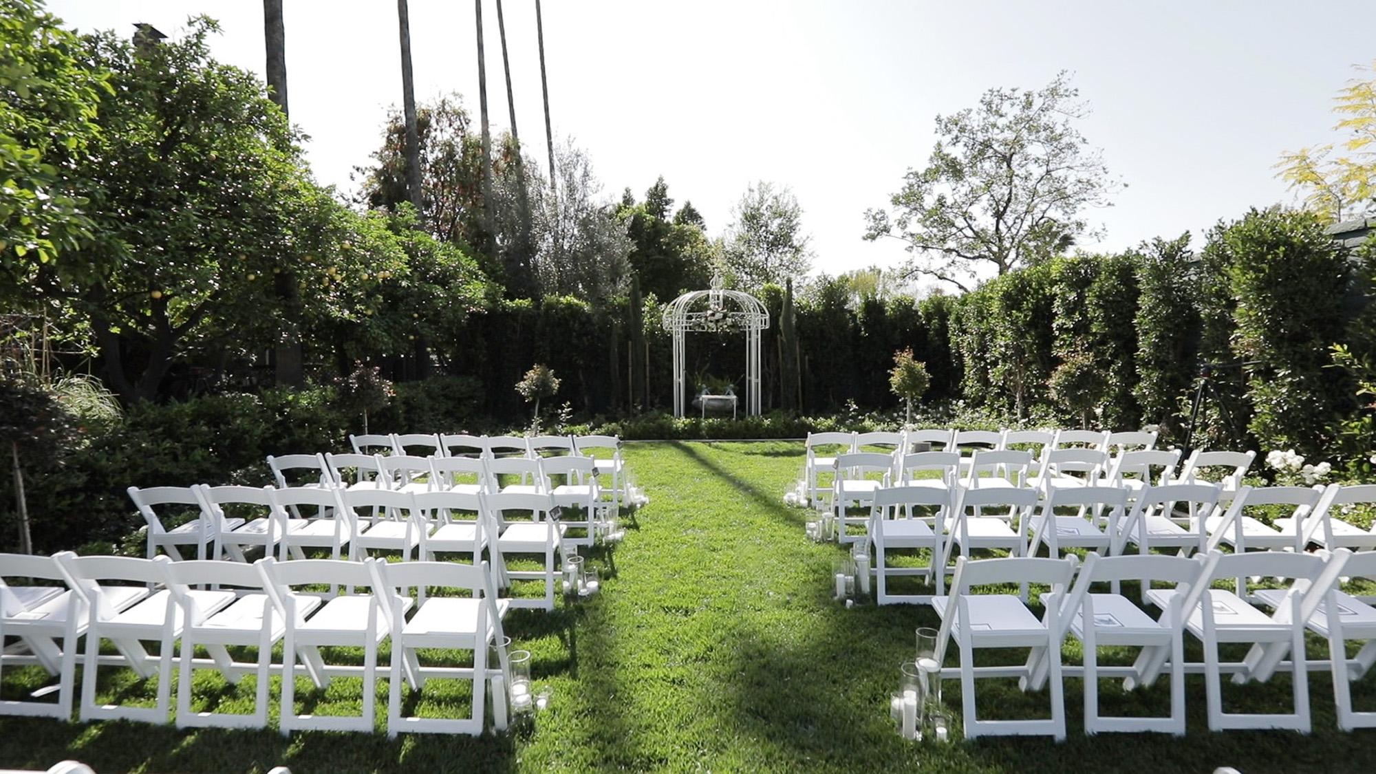 associate-photographer-christmas-house-wedding-carrie-vines-0145.jpg