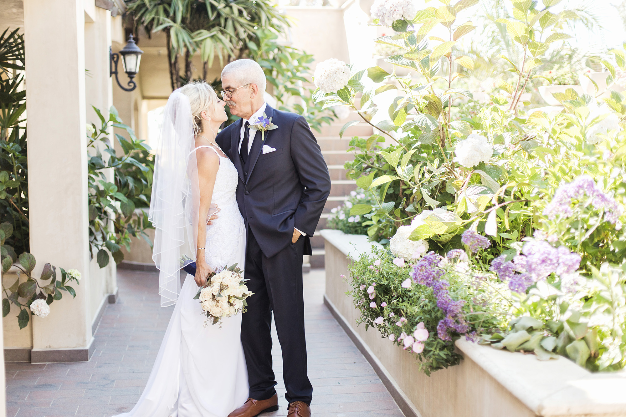 Southern California Newport Beach Wedding Balboa Inn Carrie Vines Photography