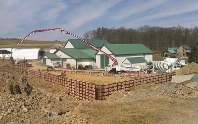 new packhouse construction.jpg