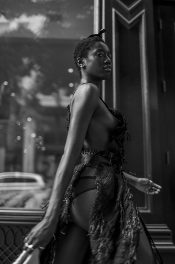 Dress by: VIDEMUSOMNIA