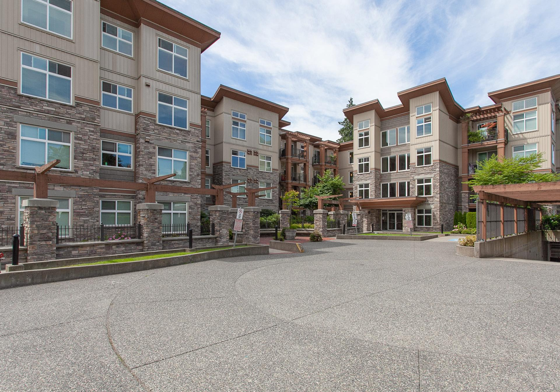 SOLD - ETHICAL GARDENS - 302 10237 133 STREETsurrey, bc