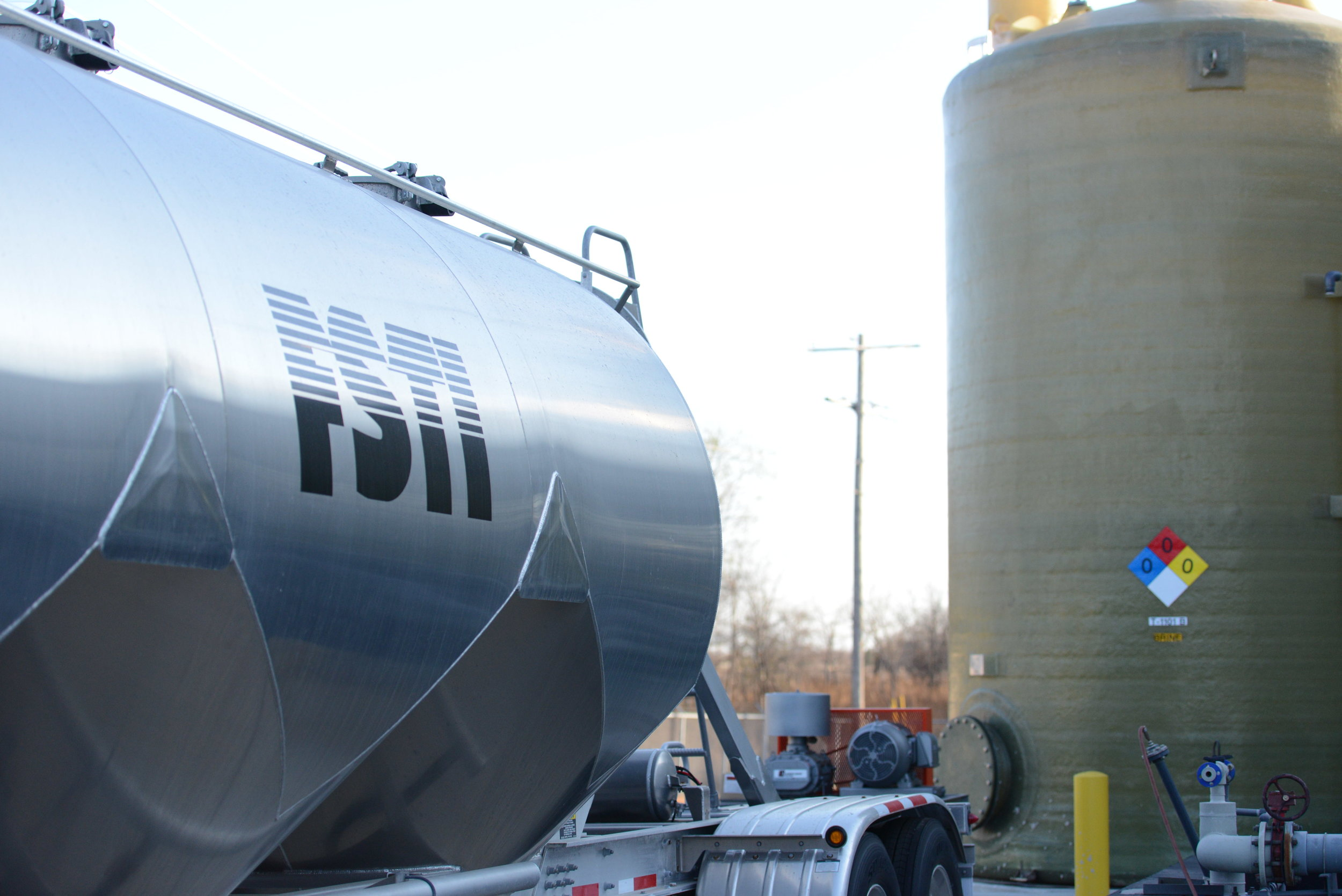 Follansbee, WV - Rail AccessTransloading, Dilute, and Blending CapabilitiesBulk DeliveryFSTI Owned and Operated