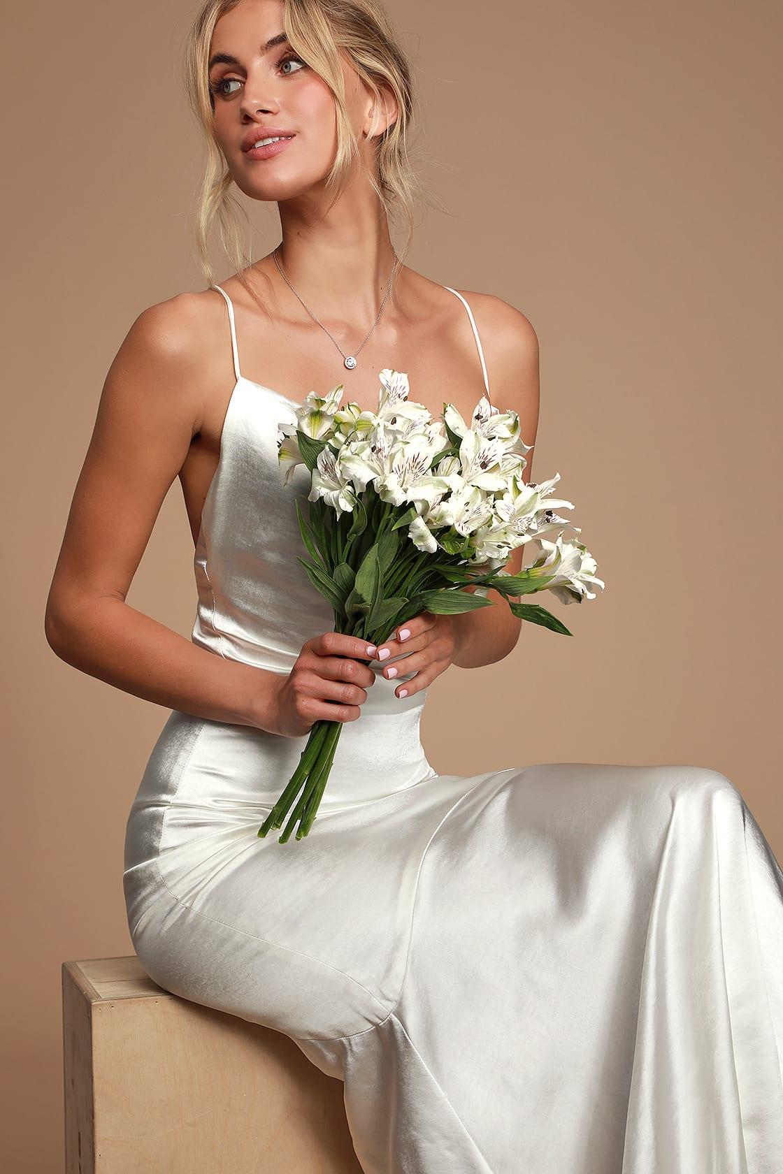 affordable-wedding-dress-10.jpg