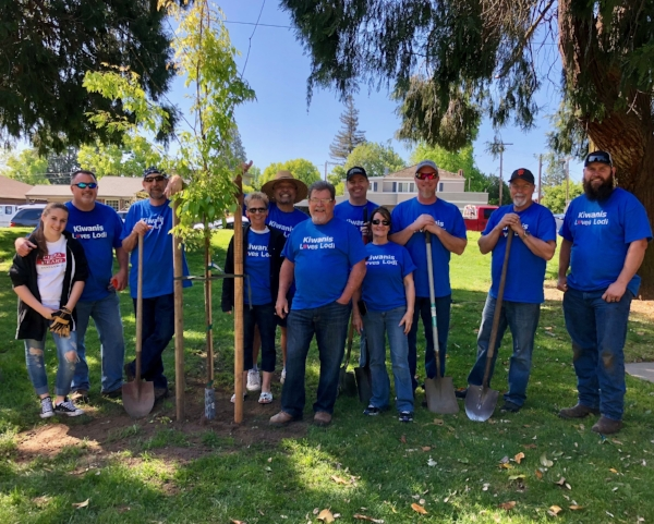 """""""Kiwanis love Lodi! We take one day every April to do a community project and this year it tied in with Love Lodi, so here we are!"""" Kiwanis Club of Lodi, planting trees at Lodi Lake."""