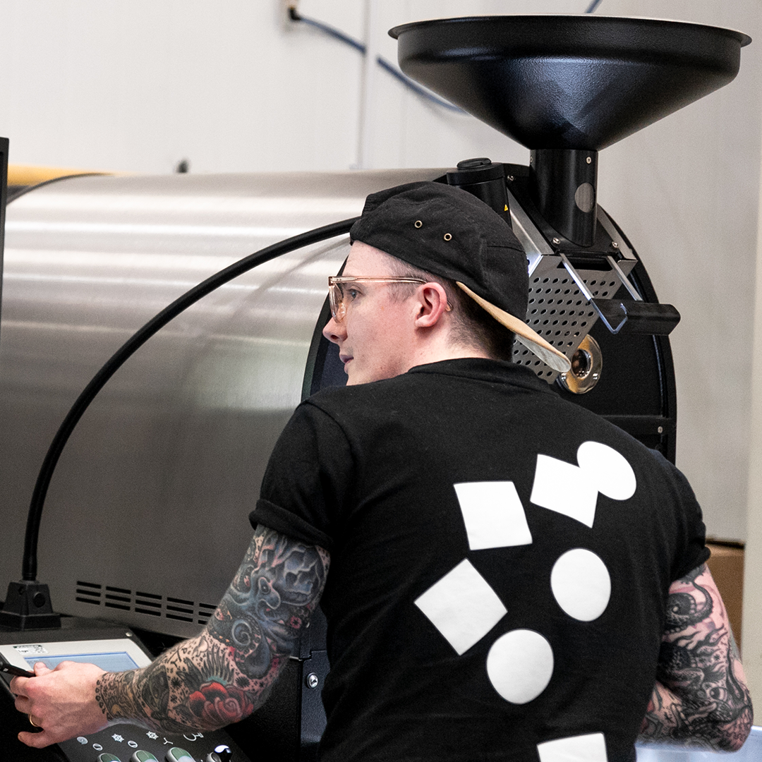 Stephen Houston - Head RoasterBailies Coffee RoastersStephen is the Head roaster for Bailies Coffee Roasters, Northern Ireland, he has been roasting for 5 years on Probat roasters from 5kg to 120kg and is Irish brewers cup champion 2017+2019. He is also on the Online marketing & Comms committee of the CRG. Being involved with the CRG he really enjoys the community that we are building a looks forward to continue the engagement with the world wide roasting community.