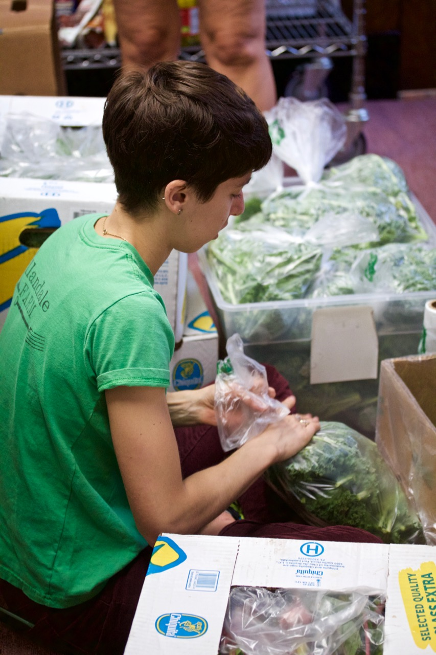 VOLUNTEER AT CENTRE STREET FOOD PANTRY - NEWTON, MA