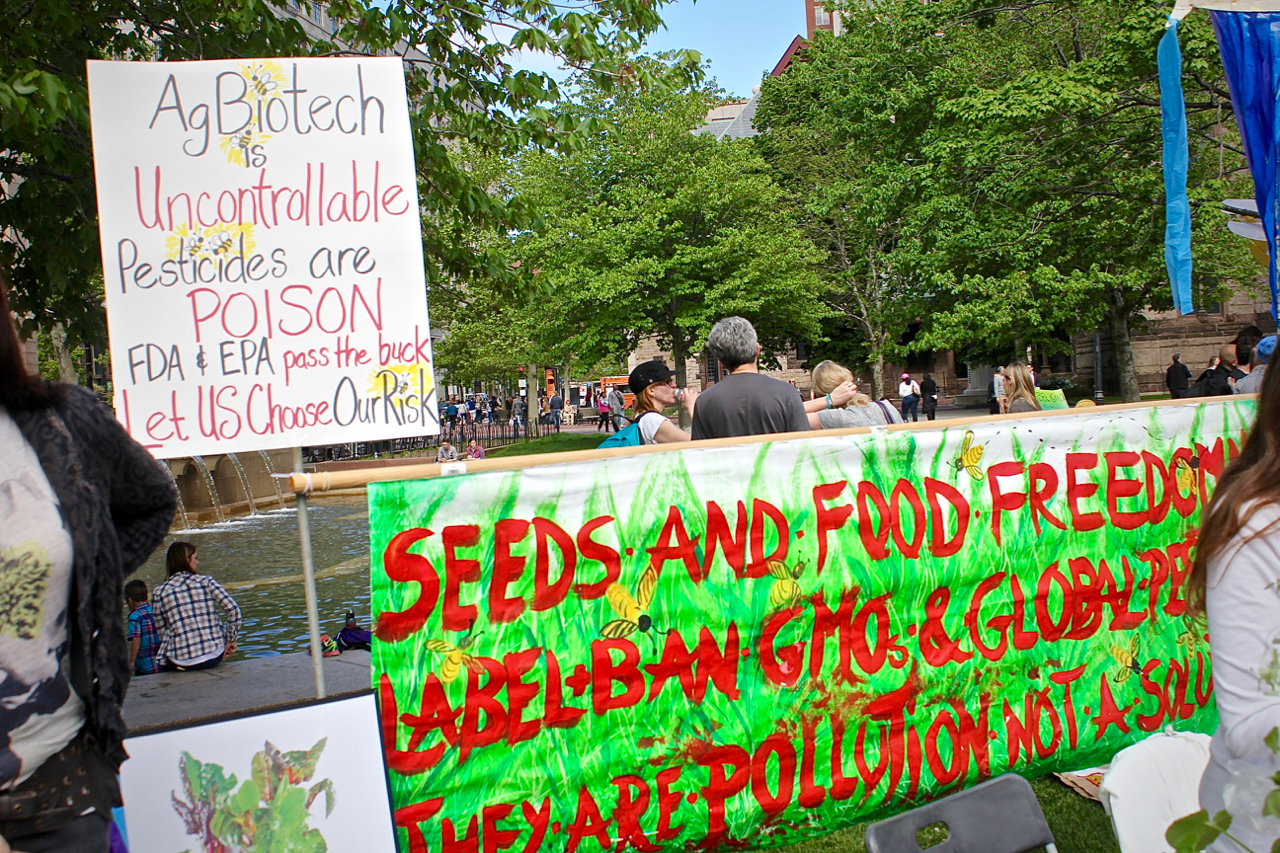 LABEL & BAN GMOs & GLOBAL PESTICIDES.     THEY'RE POLLUTION, NOT A SOLUTION.