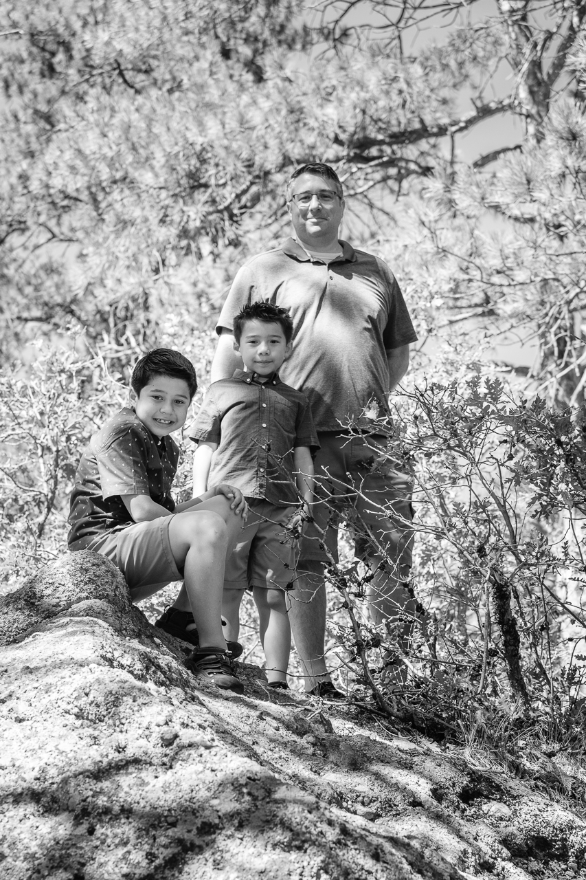 Day 203 - 365 Day B&W Photo Challenge - Portrait of a father and his sons - Fuji X-T3, XF 50-140mm f/2.8, Acros R Film Simulation