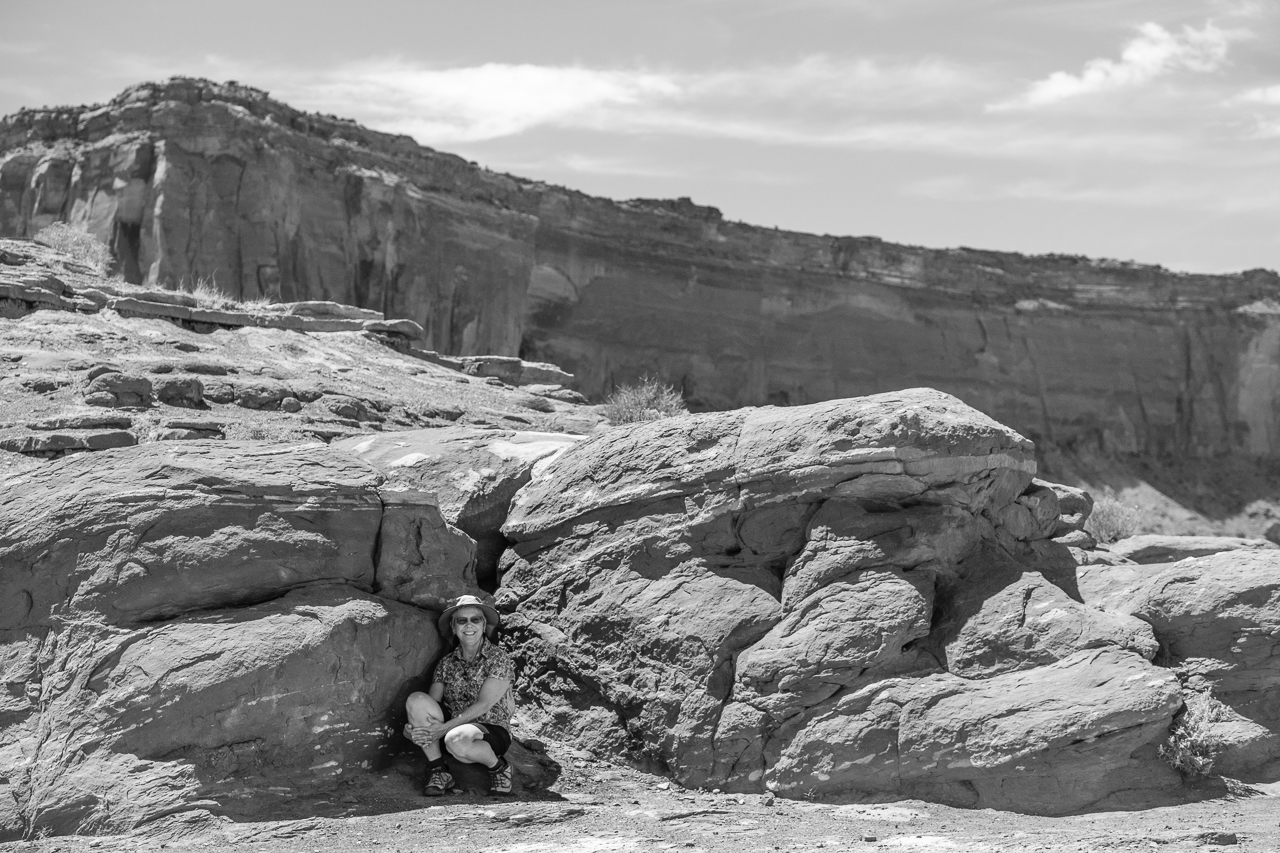 Day 234 - 365 Day B&W Photo Challenge - Hiding out in the shade in the desert noon day sun. - Fuji X-T3, XF 50-140mm f/2.8, Acros R Film Simulation