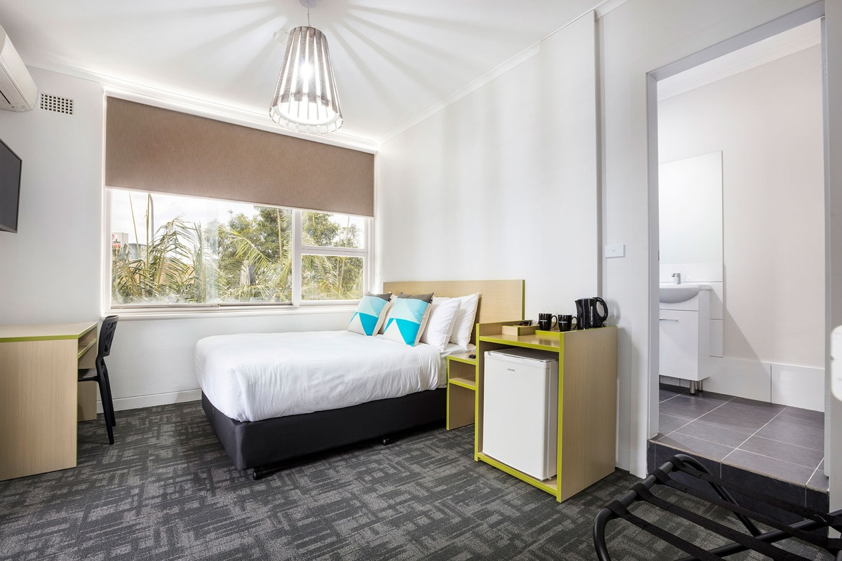 caringbah-accommodation (1).jpg
