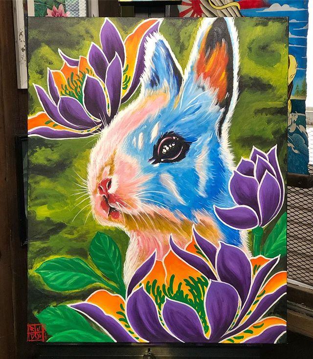 "Finished up his little bunny I started on Saturday painting live at @sipsundown 24"" 30"" acrylic on canvas #azsprayartevolution #rudyelectrikneedle #azsprayart #azartist #sipcoffeebar #dtphx #prescottvalley #az #rabbit #rudyjaime #electrikneedletattoo"