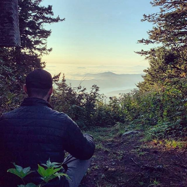 What drives you to climb mountains? For me, the promise of coffee on a crisp morning with a beautiful view drives me through the uphill. #picoftheday #photooftheday #hiking_daily #hiking #smokymountains #smokymountainsnationalpark #gatlinburg #northcarolina #viewoftheday #coffee #patagonia #patagoniafleece #clouds #lifeisgood #chaconation #keltybuilt #sierradesigns #americanwilderness #americanwildtrekking #mtsterling #livelifeofadventure #nationalparks #smnp #mountains