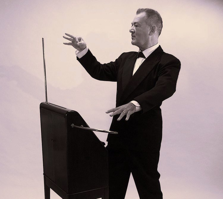 Bruce-Woolley-RCA-Victor-Theremin-copy.jpg