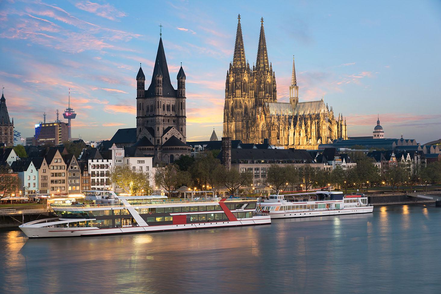 Rhine river cruise at night_sm.jpg