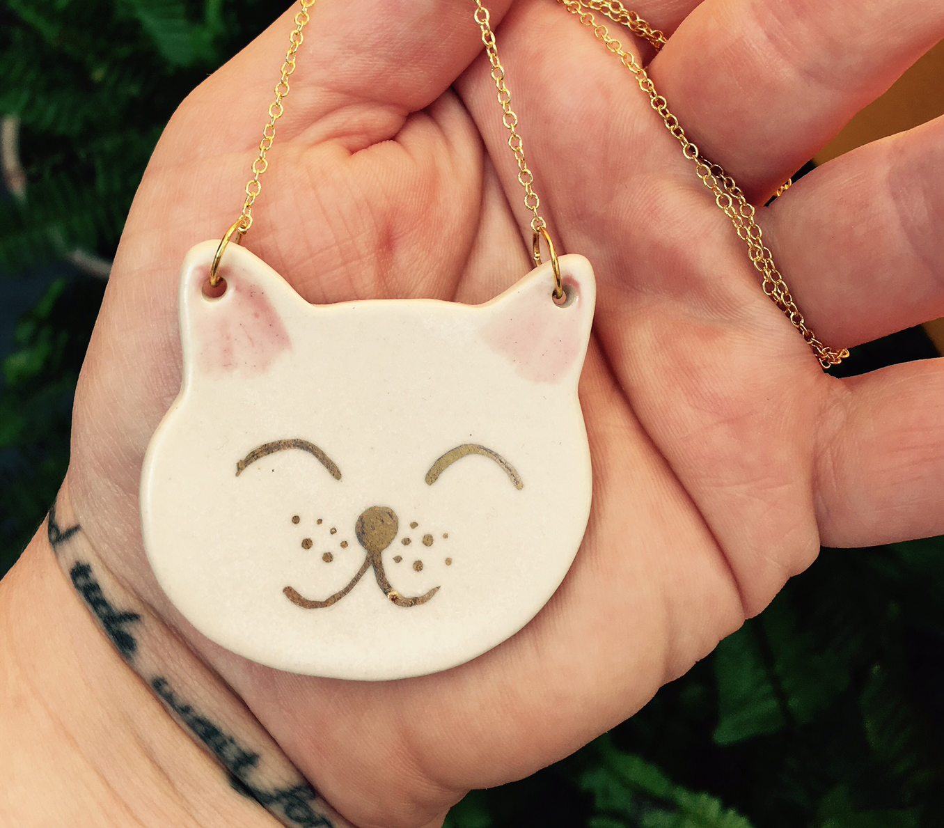 cat necklace.jpg