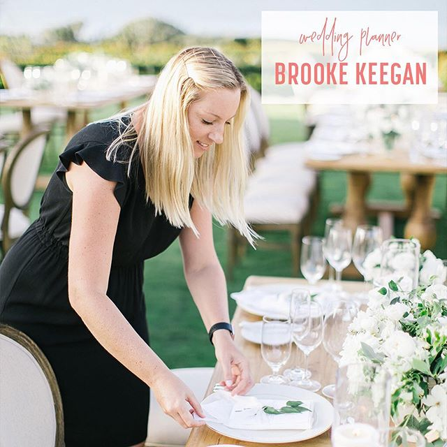 @brookekeegan is up on the pod! Listen now {link in profile} to hear how she started her impressive wedding planning career after betting a friend, how she charges what she deserves, what it's like to plan celebrity weddings and so much more! • • We even divulge what traditions we could do without and she gives priceless advice to couples planning a wedding and planners trying to get into the wild world of weddings!