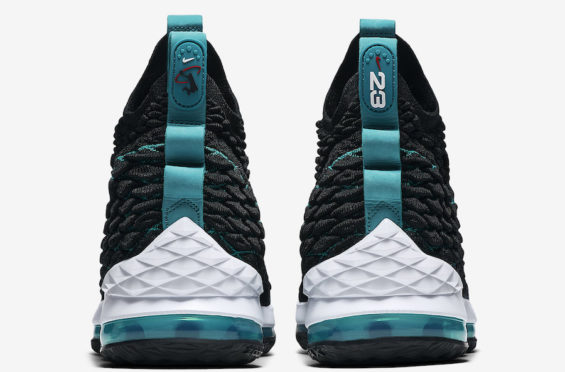 Nike-LeBron-15-Griffey-4-1-565x372.jpg